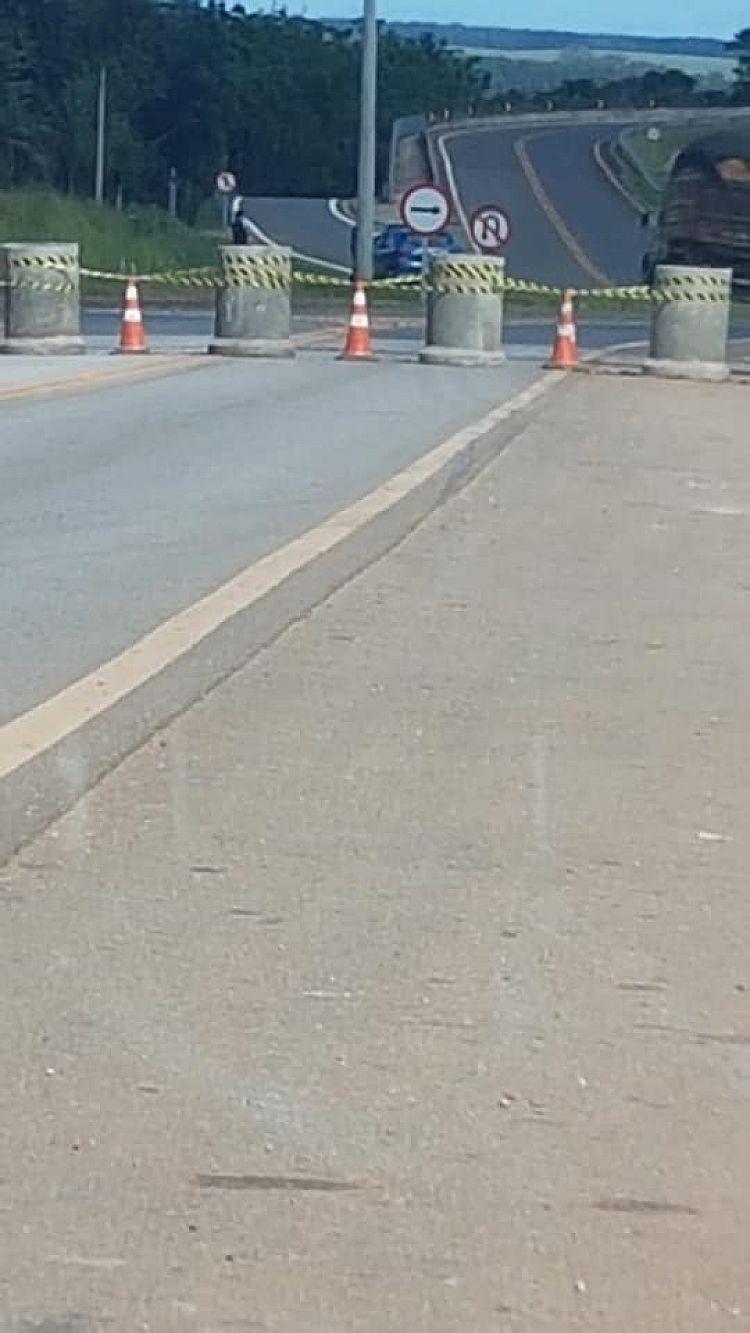 Itararé: Prefeitura bloqueia entradas da cidade